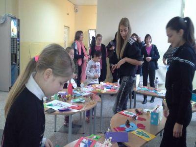 благотворителен базар1 - СУ Христо Ботев - Разград